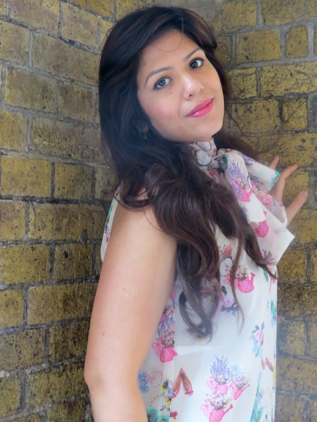 he-red-notebook-indian-fashion-stylist-blogger london UK